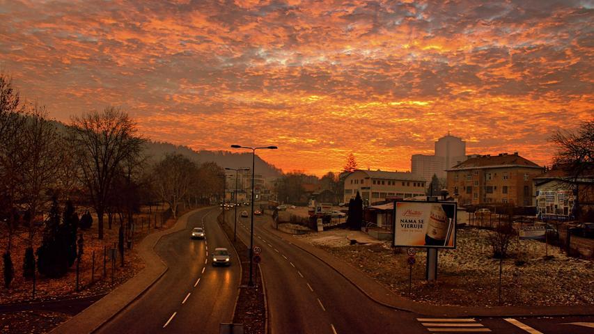 Die Industriestadt Tuzla liegt im Nordosten von Bosnien und Herzegowina und ist die drittgrößte des Landes. Ab 14. Dezember fliegt Wizz Air dort hin.