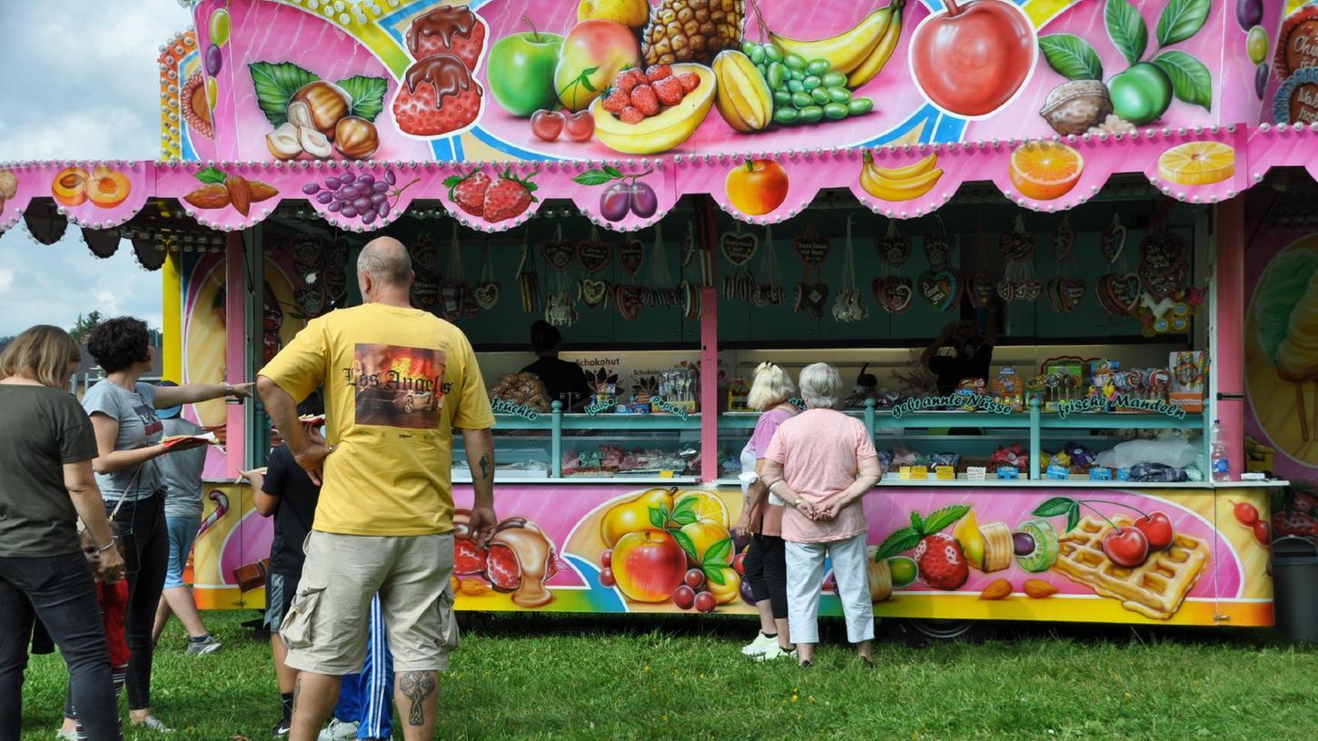 Natürlichen dürfen bei der Pop-Up-Kerwa im Engelgarten süße Leckereien nicht fehlen.