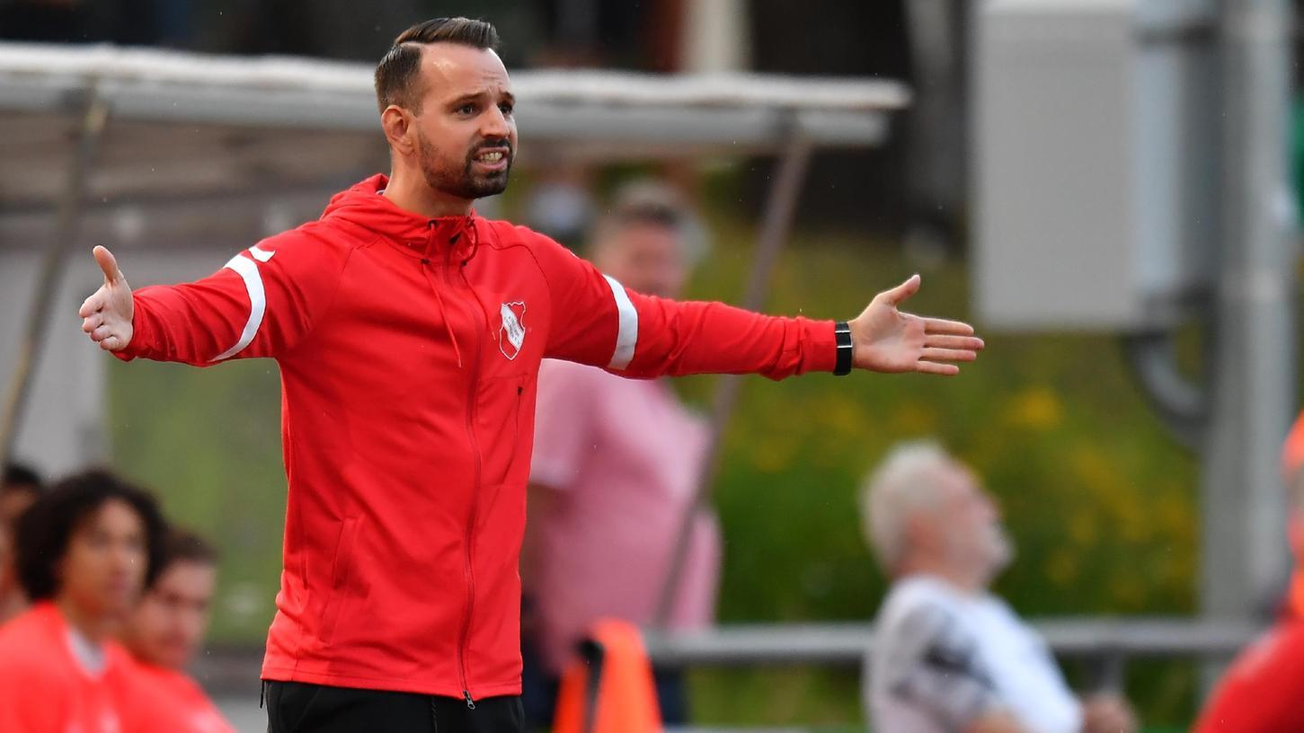 Gelungenes Heim-Debüt: Fabian Adelmann hat mit seiner neuen Mannschaft, dem ATSV Erlangen, dieDJK Don Bosco Bamberg mit 2:1 besiegt.