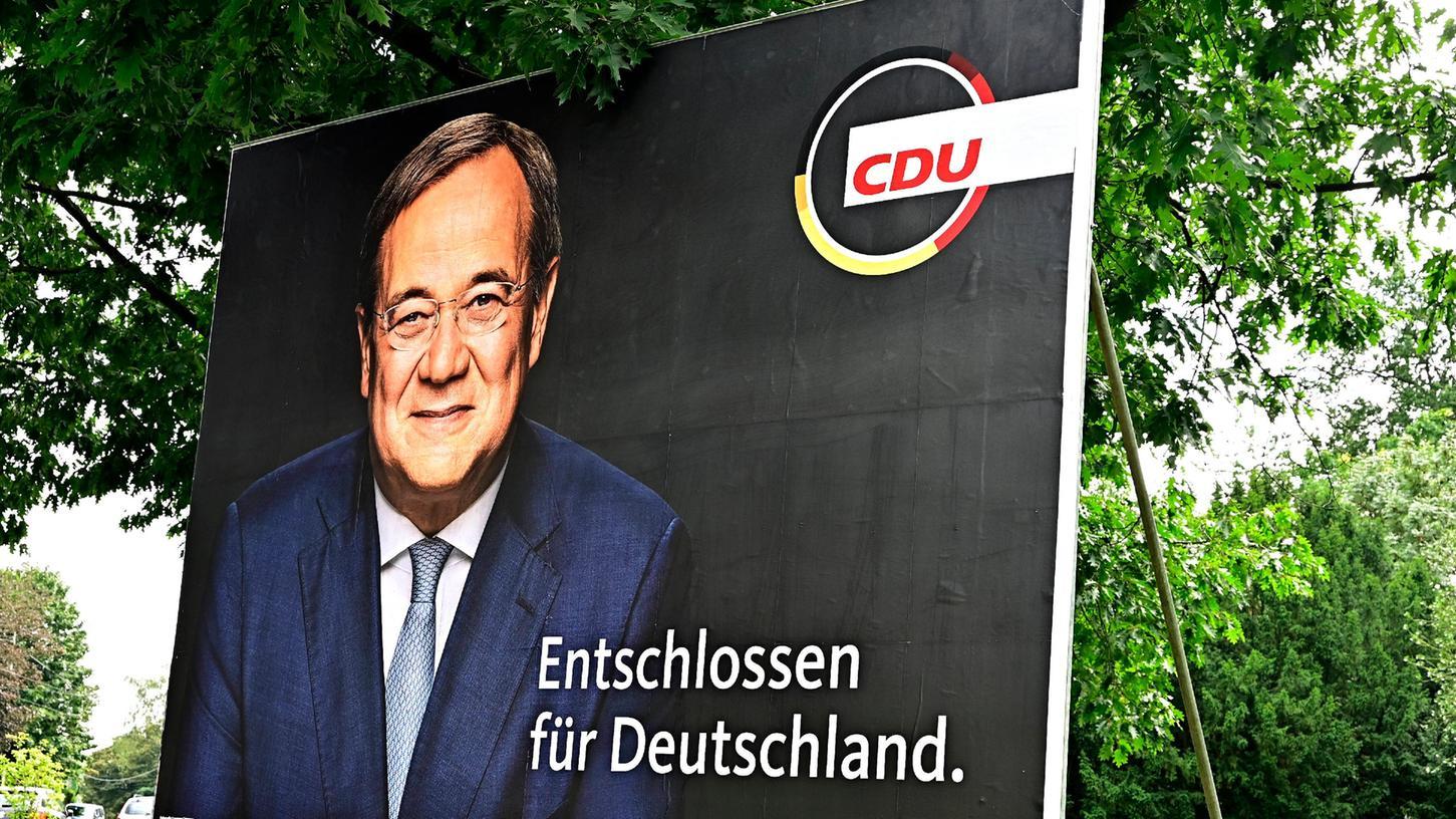 CDU-Kanzlerkandidat Armin Laschet möchte am Montag ein Sofortprogramm mit Maßnahmen vorstellen, die er bei einem Einzug ins Kanzleramt nach der Bundestagswahl umsetzen will.