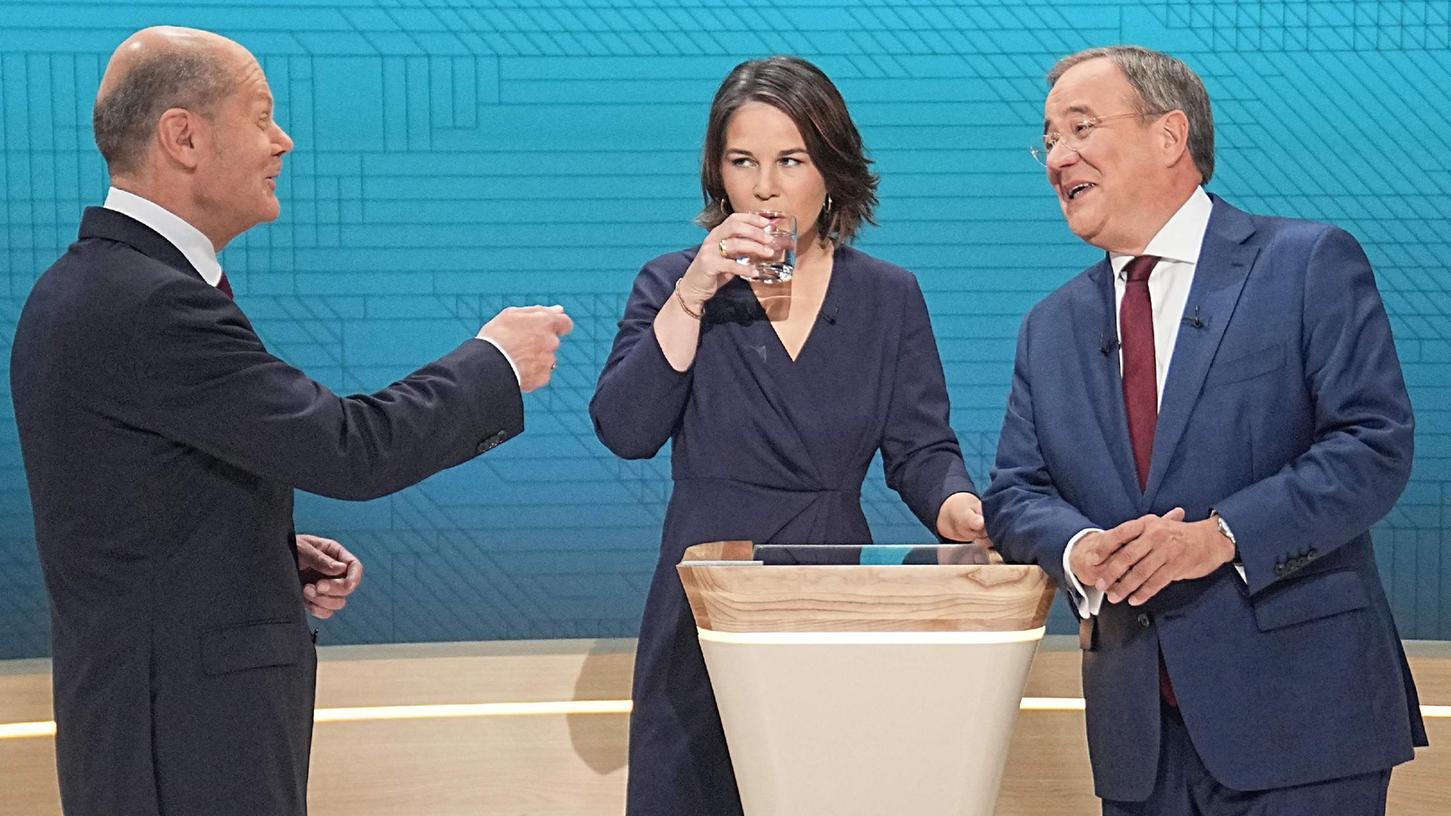 Fast 100 Minuten stellten sich Olaf Scholz, Annalena Baerbock und Armin Laschet den Fragen der Moderatoren.