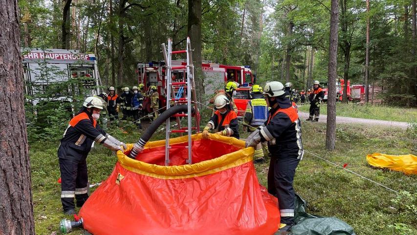 Eine der Herausforderungen war es, möglichst viel Löschwasser in möglichst kurzer Zeit an die Gefahrenstelle zu transportieren.