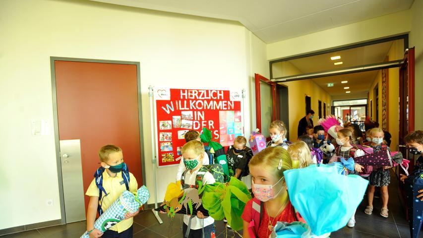 Der erste Gang als Schulkind durch das Schulhaus wird da richtig spannend.