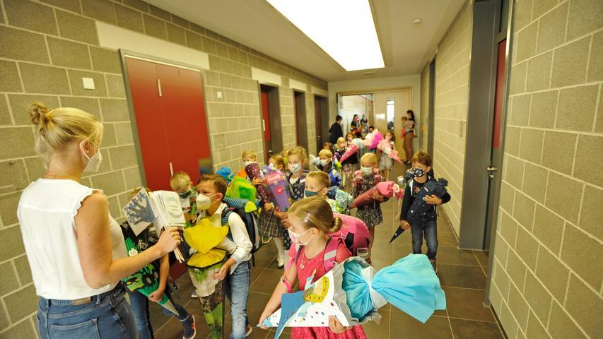 Ganz schön aufregend: Erstklässler freuen sich über Start an der Grundschule in Forchheim Reuth