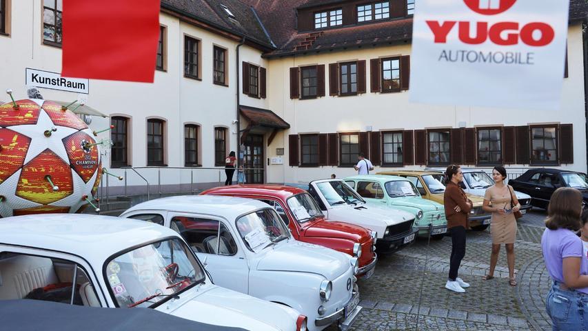 Zastava-Parade in Herzogenaurach