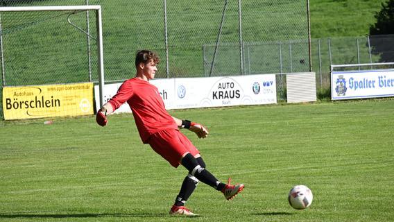 Obererbachs Torwart Leon Böhm musste nur zweimal ernsthaft eingreifen.