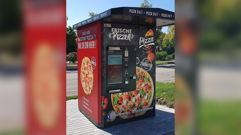 Der Pizza-Automat steht auf dem Grundstück derPizza Factory Ansbach in der Schalkhäuser Straße.