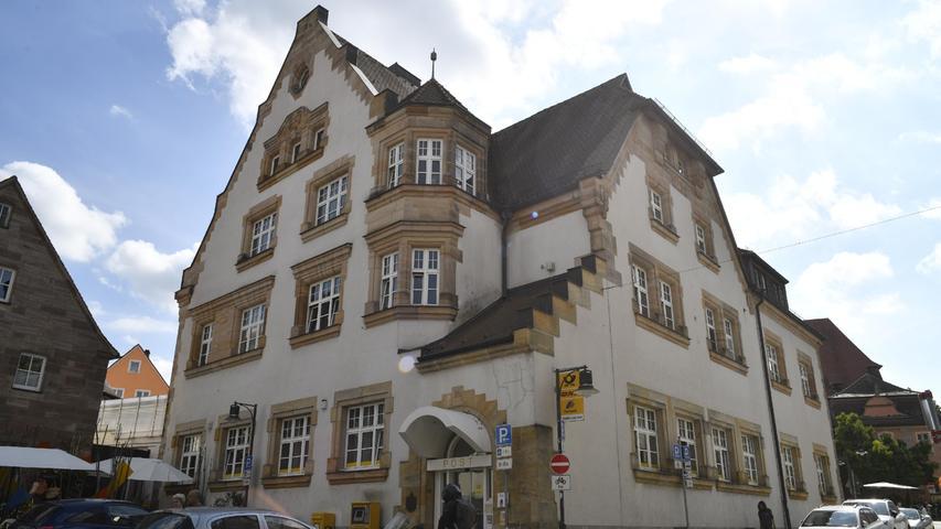 Zapfenstreich in Roth: Postbank schließt, Post zieht aus