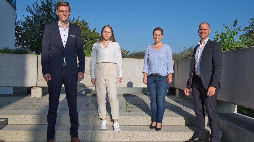 Foto: Raiffeisenbank Seebachgrund eG Motiv: Start ins Berufsleben – Raiffeisenbank Seebachgrund eG begrüßt neuen  Auszubildenden.