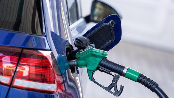Benzin so teuer wie seit sieben Jahren nicht mehr