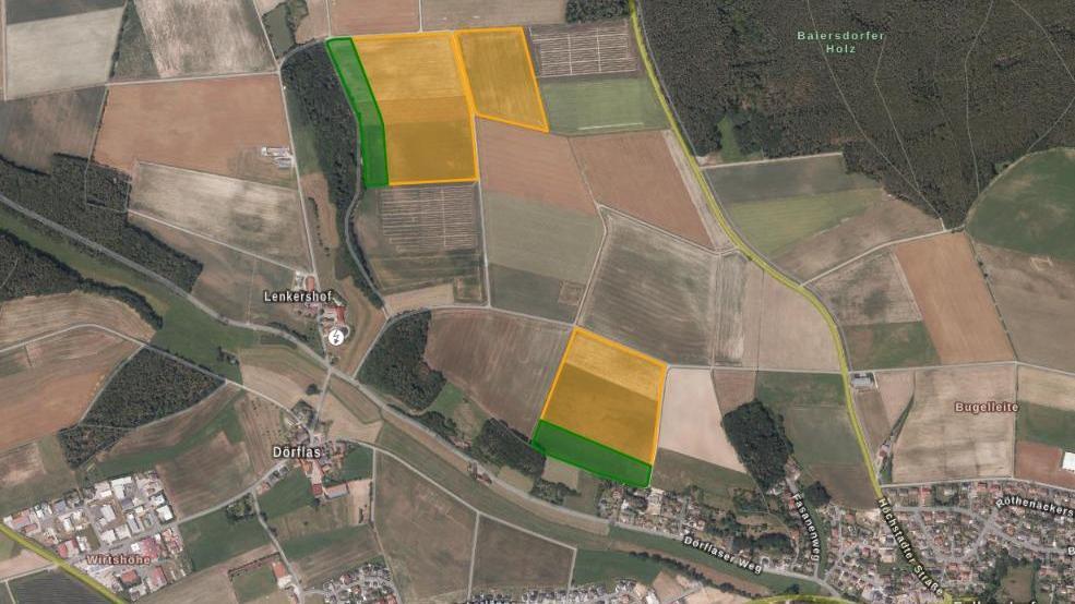 Die geplante Freiflächenanlage nördlich von Lenkershof undnordwestlich von Falkendorf: Gelb markiert sind die geplanten PV-Flächen, grün die Ausgleichsflächen.