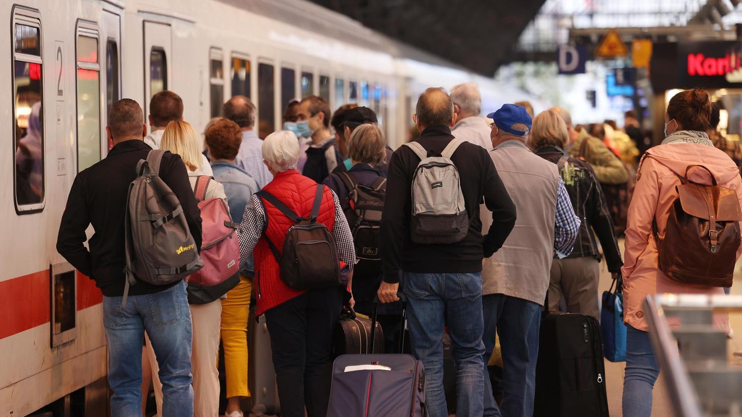 Überfüllte Züge nach dem Streik am 7. September: DieGewerkschaft Deutscher Lokomotivführer (GDL) hat nun einen Kompromiss mit der Deutschen Bahn gefunden.