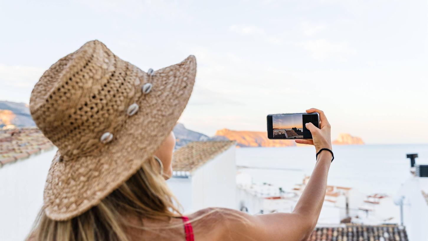 Dieses Bild auf dem Handy wird langweilig- es fehlenVordergrund und eine spannendePerspektive. Lassen Sie sich auch beim Smartphone-Foto ein wenig Zeit und setzen Sie VOR dem Abdrücken Ihr Motiv richtig in Szene - dann ist schon das erste Bild ein Treffer.