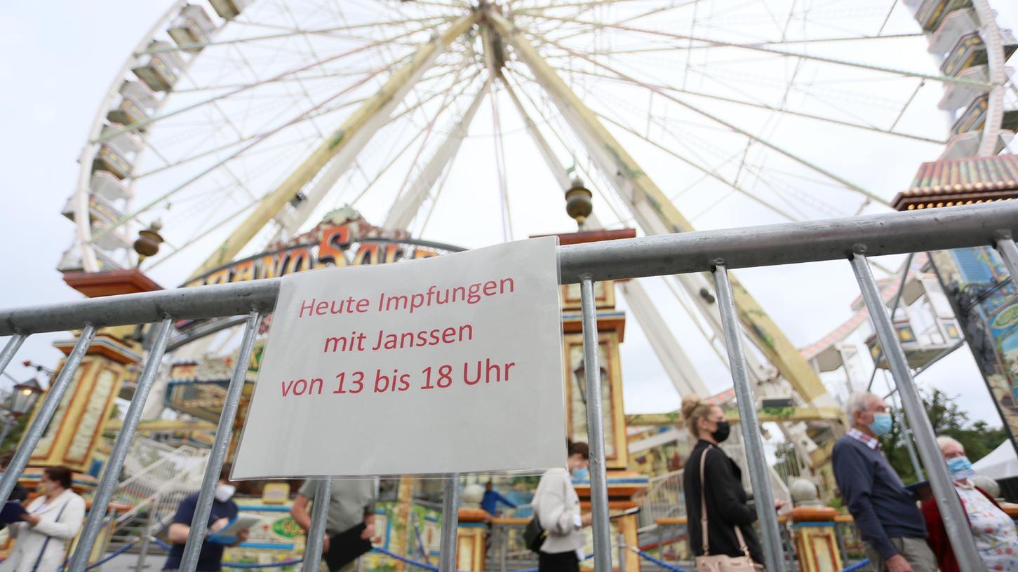 In Wernigerode gibt es mobile Impfungen am Riesenrad. Das mobile Impfteam in Neumarkt macht am Wochenende auf der Freynacht und am Neumarkter Flugfeld Station.