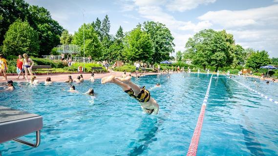 Nach Corona und Sommerkälte: Endspurt im Schwabacher Parkbad