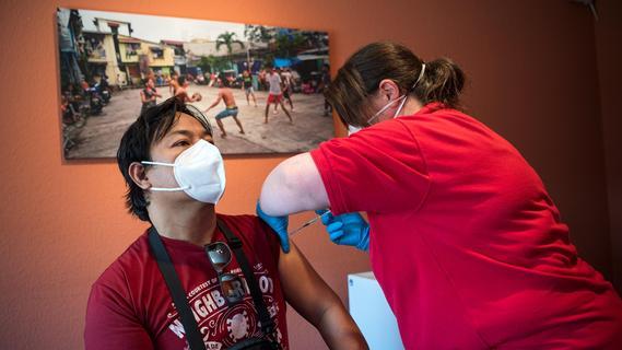 Corona-Pandemie: Deutliche Ost-West-Schere bei Inzidenzen und Impfungen