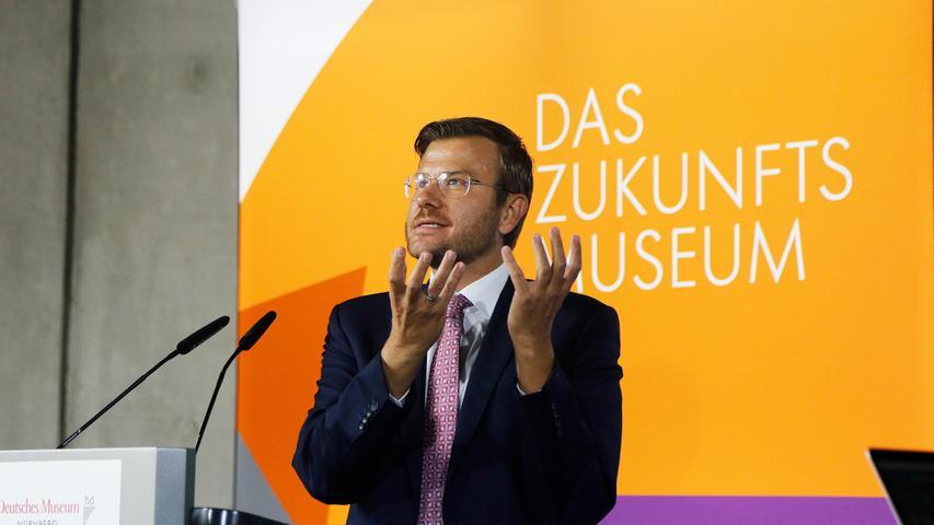 Für Nürnbergs Oberbürgermeister Marcus König (CSU) geht mit der Eröffnung der Zweigstelle des Deutschen Museums in Nürnberg