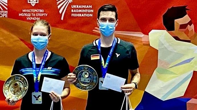 Badminton, internationales Turnier in Charkov: Johannes Pistorius aus Freystadt  belegt im Mixed Platz 2