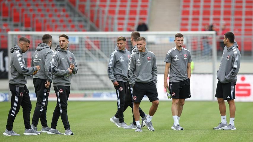 Lukas Schleimer, der sich über starke Leistungen in der zweiten Mannschaft wieder für den Profi-Kader empfohlen hatte, steht gegen Rostock das erste Mal im Spieltagsaufgebot.