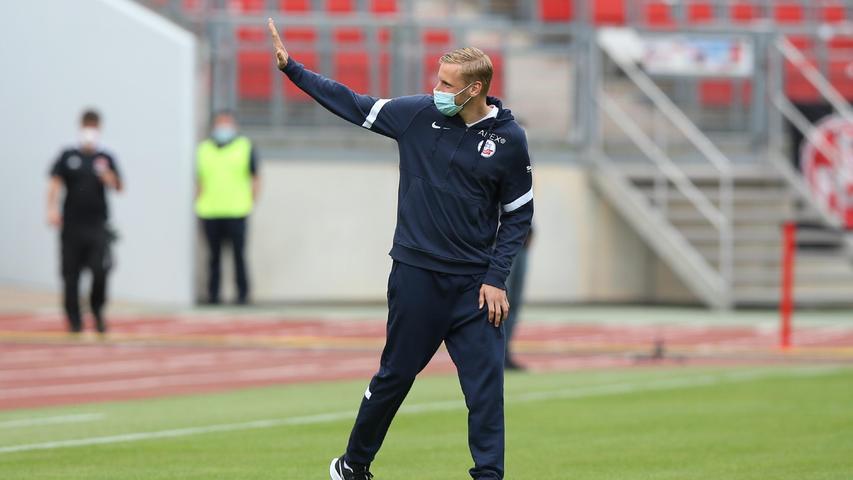Mit Hanno Behrens kehrt ein verdienter Spieler zurück nach Nürnberg. Bei der Kogge spielt der ehemalige FCN-Kapitän eine wichtigeRolle im zentralen Mittelfeld.