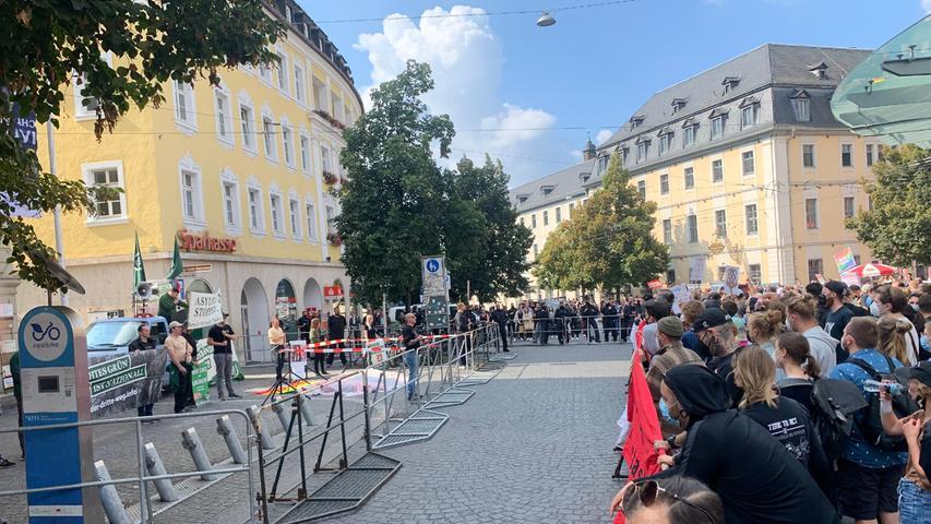 Für Samstagnachmittag (18.09.2021) sind in Würzburg gleich zwei Demonstrationen angekündigt. Die Links-Bewegung