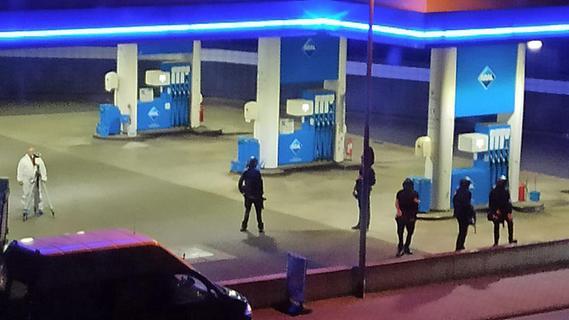Nach Streit: Bewaffneter erschießt Tankstellen-Angestellten
