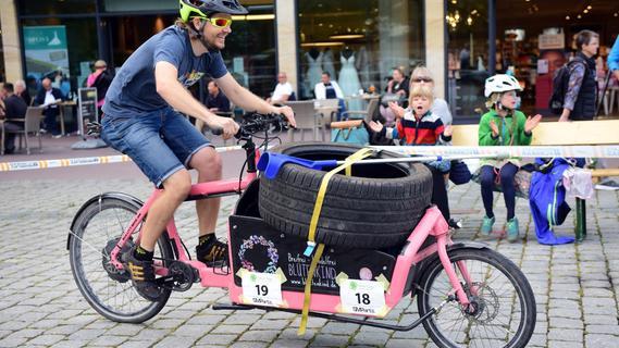 Lastenradrennen: Mit Schwung über die Fürther Freiheit