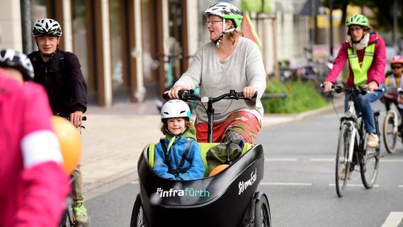 Bunte Fahrrad-Demo durch die Fürther Südstadt