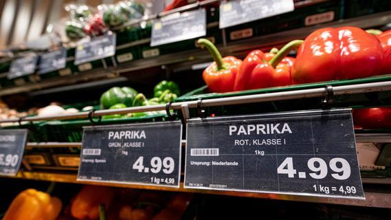 Kopfstoß und Schubser: Mann rastet gleich in mehreren Fürther Supermärkten aus