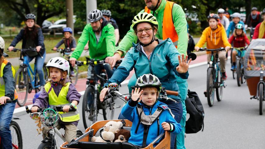 Kidical Mass setzt sich für ein inklusives und kinderfreundliches Straßenverkehrsrecht und mehr Platz auf den Straßen für die nächste Generation ein.