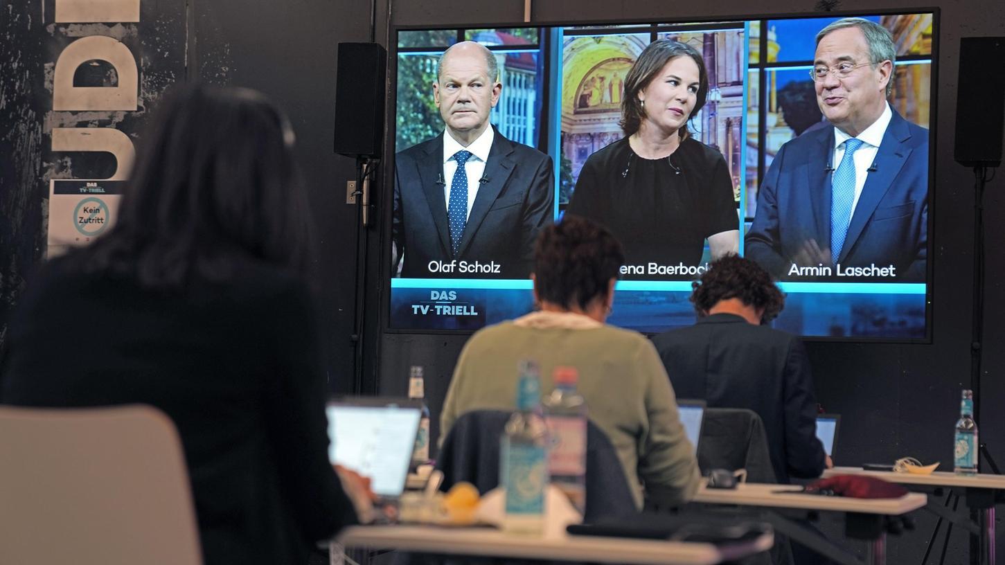 Aktuell touren Olaf Scholz, Annalena Baerbock und Armin Laschet durch Deutschland, um letzte Wählerstimmen zu mobilisieren. Beim letzten Triell trafen sie aufeinander.