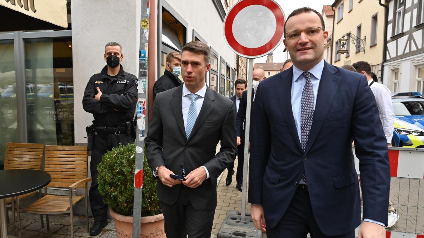 CSU-Wahlkampf in Erlangen mit Stefan Müller (links) und Jens Spahn.