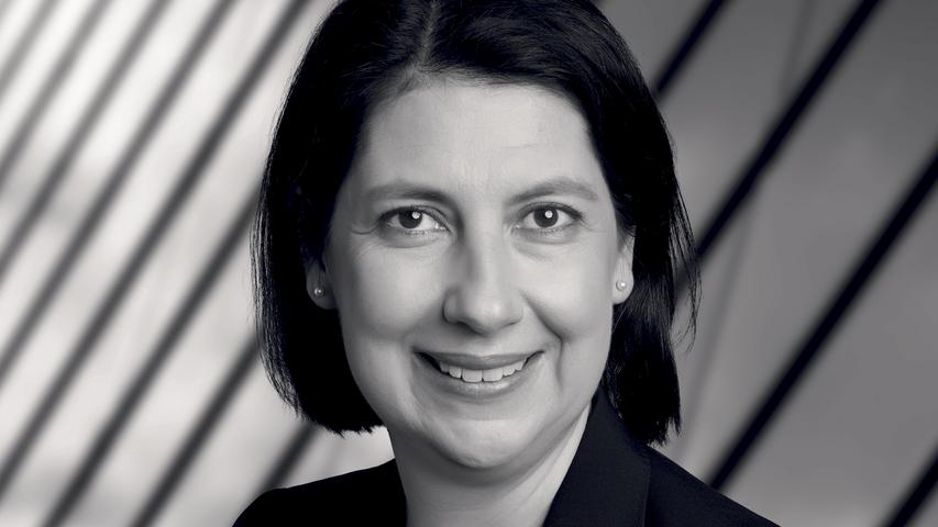 Katja Hessel vertrittden Wahlkreis Nürnberg-Nord weiter in Berlin. Als Nummer zwei auf der Liste der Liberalen musste die Rechtsanwältin und Steuerberaterin nicht um eine Fortsetzung ihrer parlamentarischen Laufbahn bangen. Sie hat es aber auch schon anders erlebt. Die 49-Jährige gehörte von 2008 bis 2013 dem Landtag an - als die Freien Demokraten den Wiedereinzug verpassten, musste auch Hessel eine Pause einlegen.