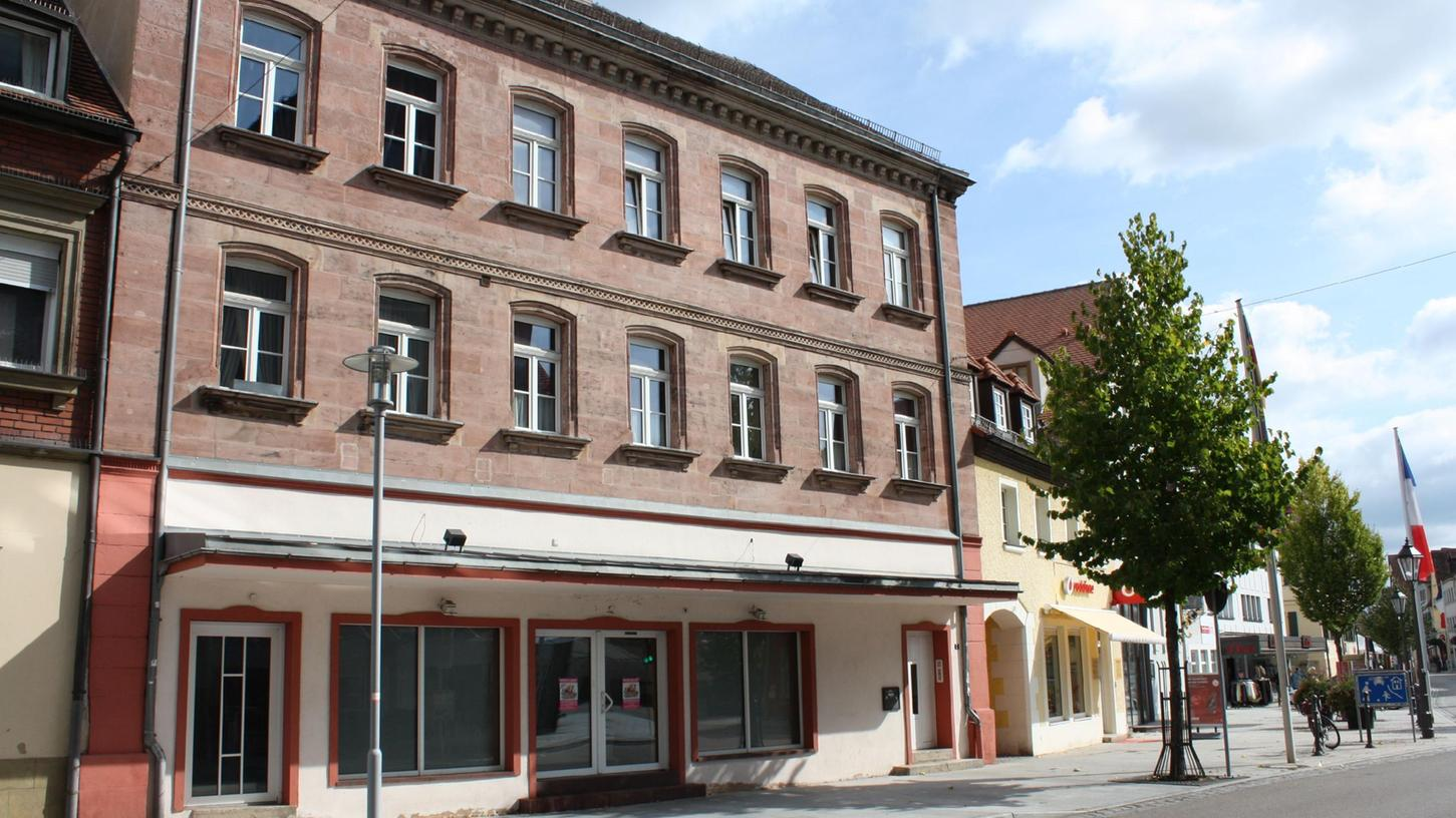 In diesem Laden am Marktplatz 5 in Gunzenhausen soll bereits Mitte November die neue Postfiliale eröffnet werden.