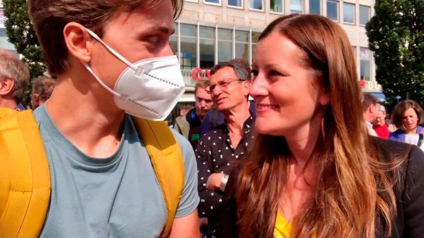 Auch mit Janine Wissler (Die Linke) unterhielt sichPaul Krauß aus nächster Nähe.