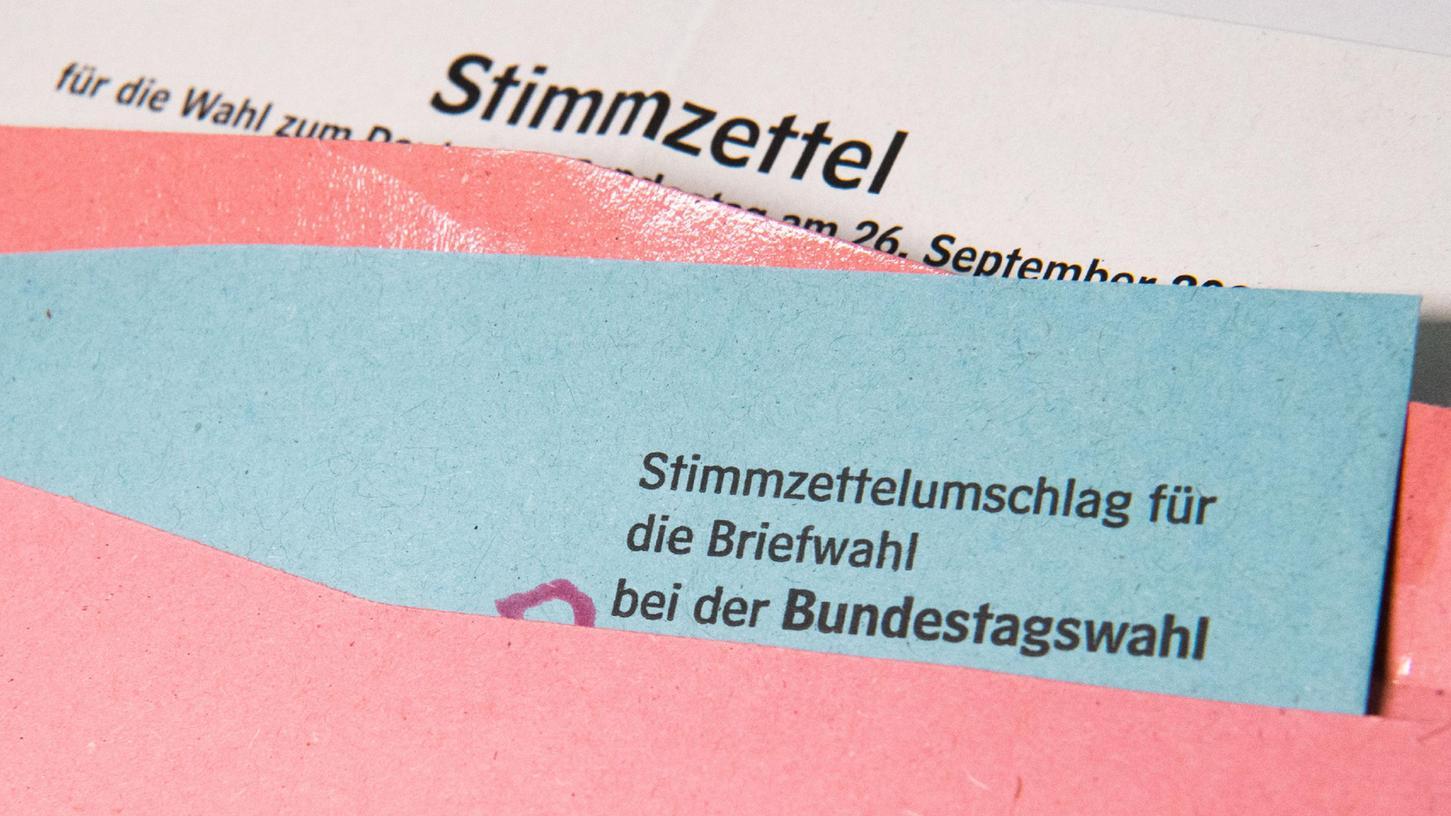 Wenn die beantragten Unterlagen für die Briefwahl noch nicht angekommen sind, sollte man sich umgehend bei der Stadt melden.