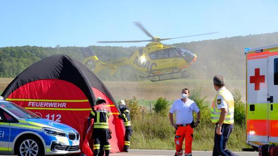 Frontalkollision auf B2 bei Weißenburg: Drei Tote, zwei Schwerverletzte