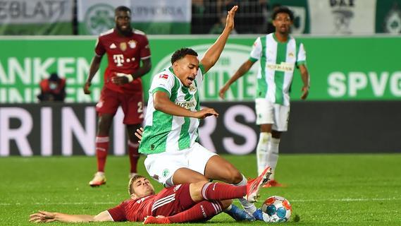 Kleeblatt-Kampf in Bildern: Der FCB stolpert in Fürth, fällt aber nicht