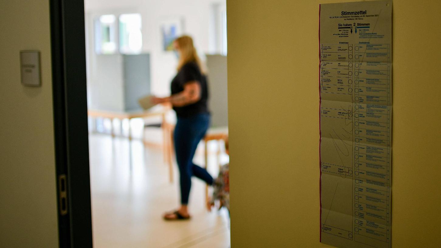 In Berlin kam es am Tag der Bundestagswahl in einigen Wahllokalen zu einem Missgeschick, dass zu Verzögerungen und ungültigen Stimmen führte.