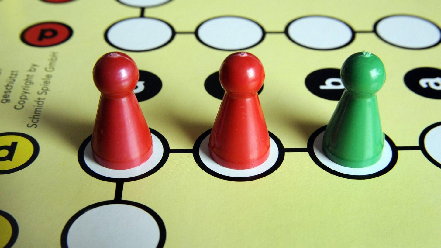 Die ersten Prognosen zur Bundestagswahl sind bekanntgegeben worden - nun beginnt das Spiel um die Koalitionsmöglichkeiten.