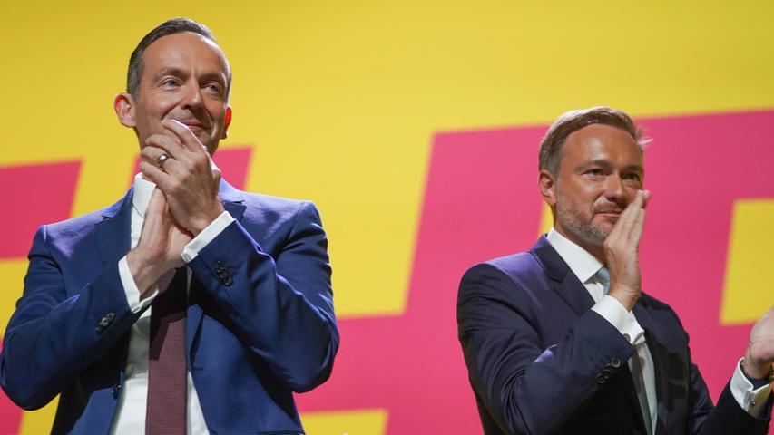 Der Generalsekretär der FDP, Volker Wissing, freut sich sehr über die Hochrechnungen.