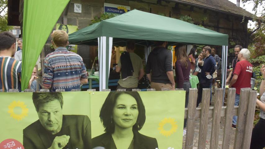Auch im Garten der Parteizentrale der Erlanger Grünen war einiges geboten.