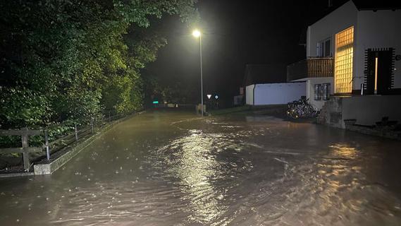 Unwetter in der Region: Gewitter, Blitze und Regenschauer suchen Franken heim