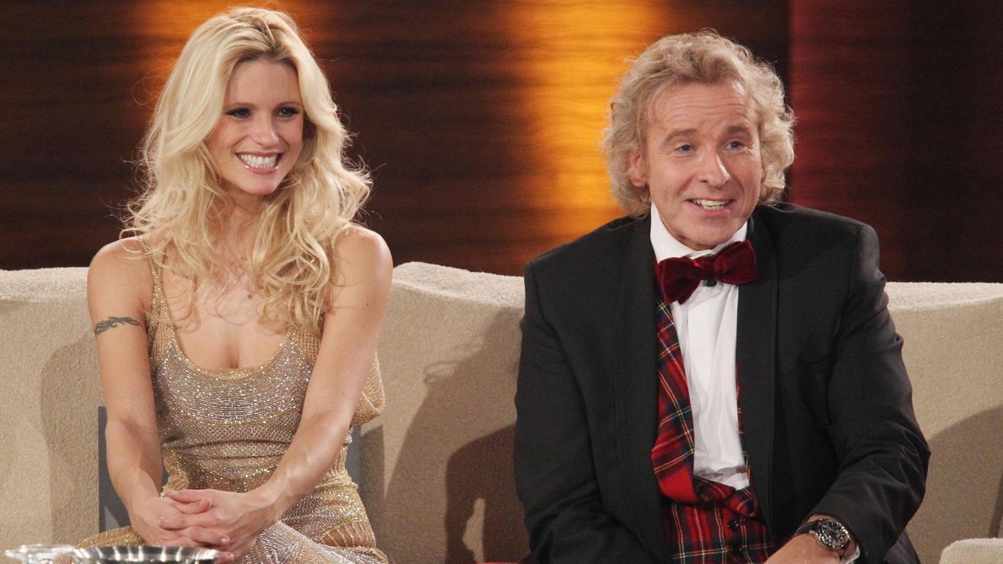 Wie in alten Zeiten:Michelle Hunziker und Thomas Gottschalk werden die beliebte Wetten-Sendung aus Nürnberg moderieren. InternationaleStars sollen auf der Couch Platz nehmen.