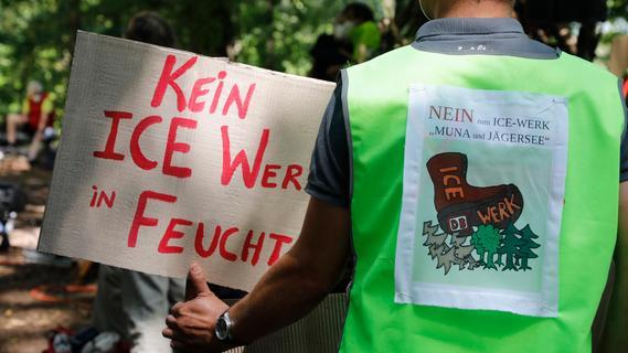 ICE-Ausbesserungswerk im Landkreis Roth: Volle Breitseite gegen Söder