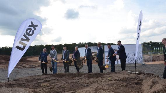 Spatenstich für neuen Uvex-Standort in Rednitzhembach