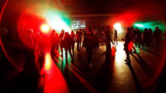 Nürnbergs Discos bereiten sich auf Restart vor: Maske beim Tanzen?