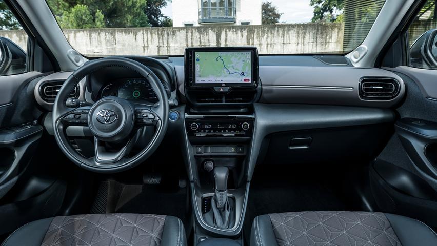 Ausstattungsabhängig gibt es ein Infotainment mit 9-Zoll-Touchscreen.