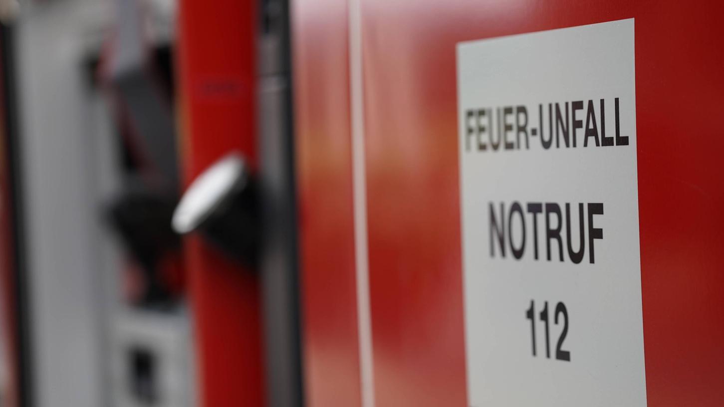 Der Gemeinderat in Heßdorf hat entschieden: Das Feuerwehrhaus in Untermembach wird neu gebaut (Symbolbild).
