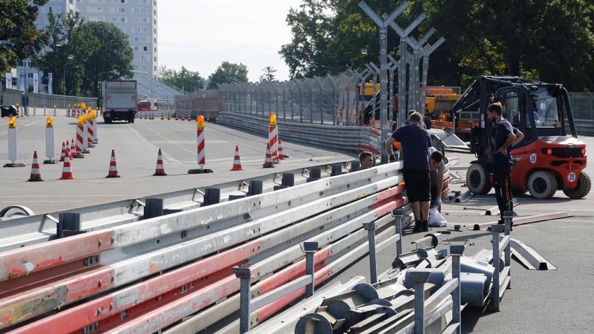 Der Motorsport Club Nürnberg mietet die Straßen und das Fahrerlager stets von der Stadt Nürnberg und baut innerhalb von dreiWochen die Rennstrecke nur für das Speedweekend auf und wieder ab.